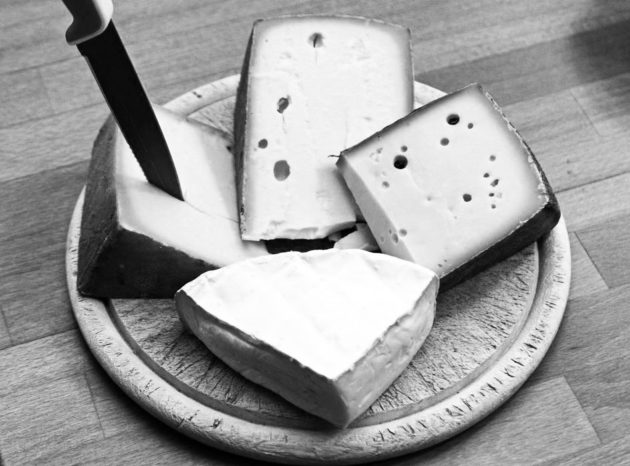 plate of cheeses for shavuot